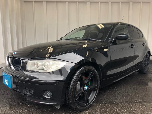 BMW 116i ブラックホイール&グリル レッドキャリパー 禁煙車