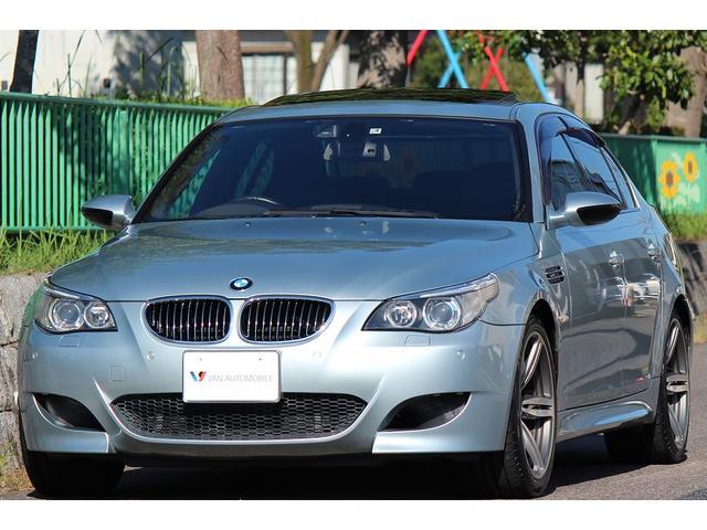 BMW M5 サンルーフ 革 TV Bカメラ DVDビデオ パドル