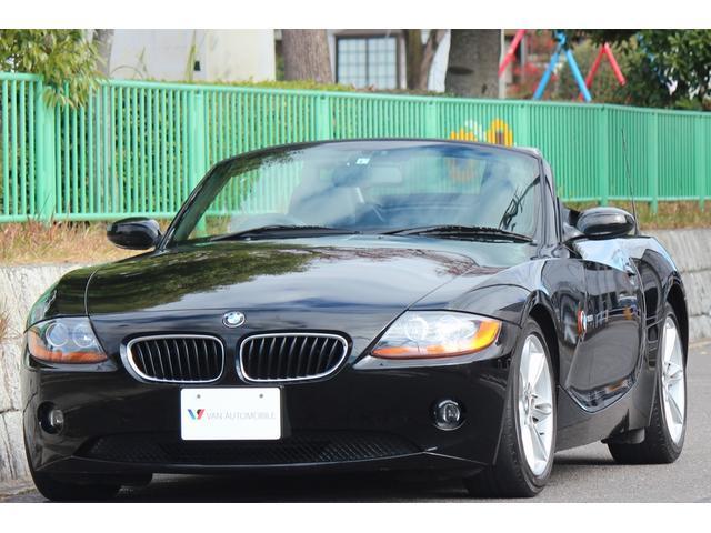 BMW 2.5i 電動オープン・17インチAW・黒革シート・パワーシート・シートヒーター・スポーツモード走行・オートエアコン・HDDナビ・フルセグTV・DVDビデオ・ETC・HIDライト・キーレスキー・スペアキー