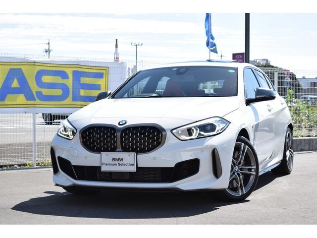 BMW M135i xDrive 認定中古車全国2年保証付 デビューパッケージ ビジョンパッケージ パノラマガラスサンルーフ デモカーアップ