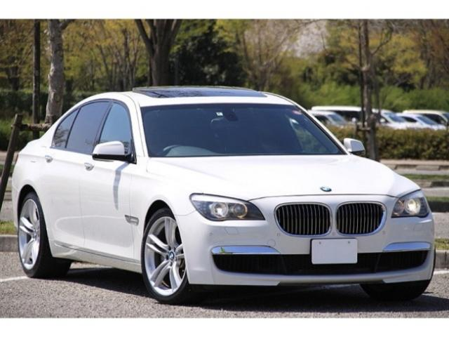 BMW 740i Mスポーツパッケージ 禁煙車 黒革シート