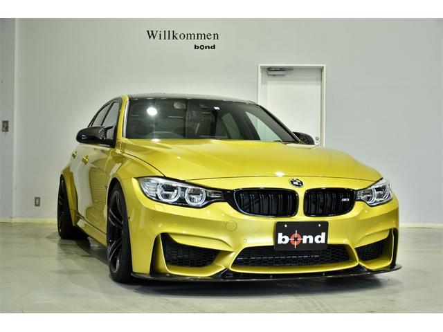 BMW M3 3Dデザインカーボンリップスポーラー/リアディフューザー LEDヘッドライト シートヒーター 電動リアサンシェード COXボディダンパー Mパフォーマンスマフラーカッター ブラックキドニーグリル