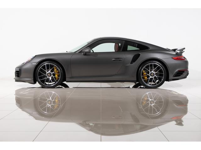 911ターボS 2018yモデル ブラック/ボルドーレッド ツートンレザー内装 電動ガラスSR LEDメインブラックヘッドライト カーボン(ステアリング/発光ドアエントリー/シフトノブ)地デジTV