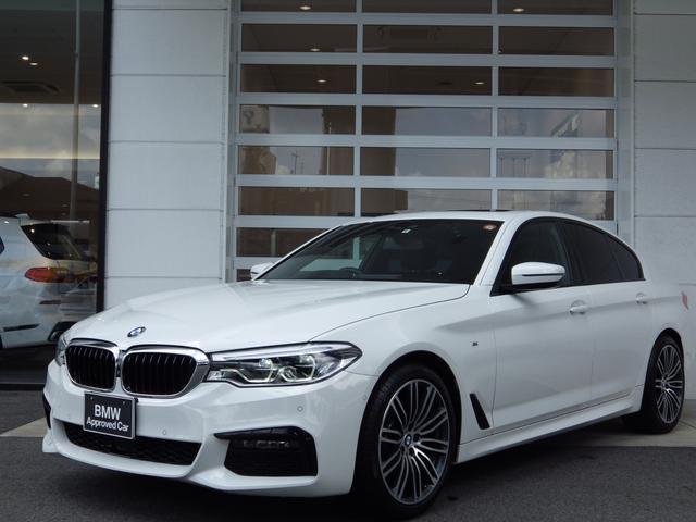 BMW 523i Mスポーツ セレクトパッケージ ACC クリアナンスソナー Bカメラ 純正ナビ ウッドトリム アンビエントライト 電動シート 19インチAW LEDヘッドライト 電動テールゲート 全方位カメラ パーキングアシスト