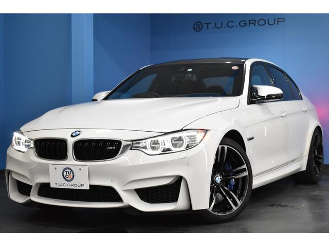 BMW M3 M3 7速DCT LED/H&テール HUD 車線逸脱&歩行者警告 衝突軽減B 可変Mサス 1オーナー フルセグTV Bカメラ ヒーター黒革 エアロ パドルS カーボンルーフ 19インチAW 2年保証