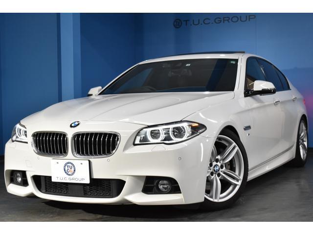 BMW 5シリーズ 535i Mスポーツ 後期 サンルーフ マルチディスプレイメータ 追従クルーズコントロール レーンチェンジウォーニング 3Dデザイン車高調 ヒーター付黒革 ウッドパネル 車線逸脱警告 LEDヘッドライト 19AW 2年保証