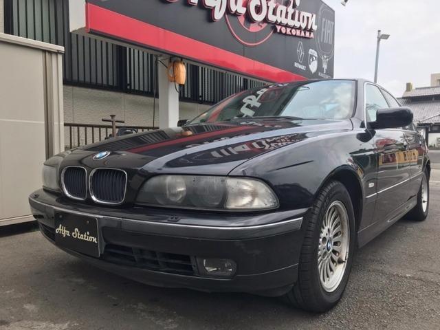 BMW 5シリーズ 528iハイライン ディーラー車 右ハンドル...