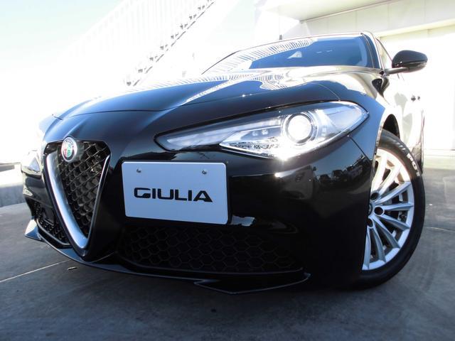 アルファロメオ ベースグレード 電動本革シート ワンオーナー 全国新車保証