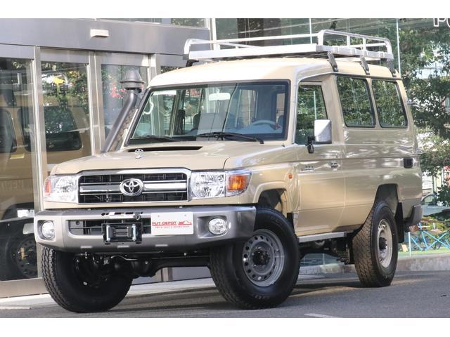 トヨタ トゥループキャリア ディーゼルターボ V8/4.5L 5MT