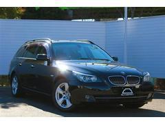 BMW525iツーリングハイラインパッケージパノラマSR革Bカメラ
