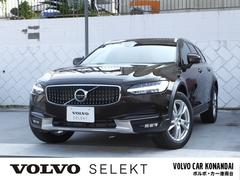 ボルボ V90 Cross Country T5 AWD Momentum