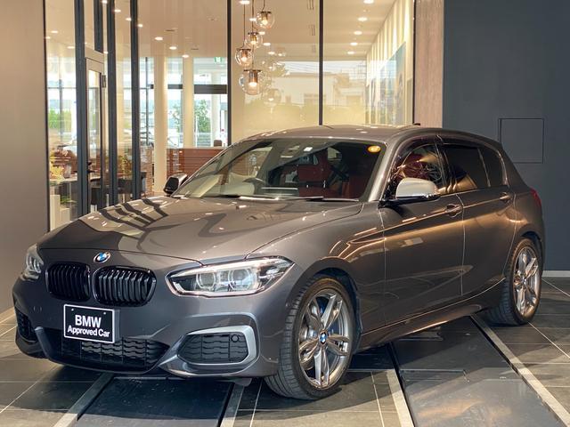BMW 1シリーズ M140i 弊社下取 禁煙車 赤革スポーツパワーシート シートヒーター インテリジェントセーフティー バックカメラ 全周囲センサー CD/DVD マルチファンクションステアリング パドルシフト