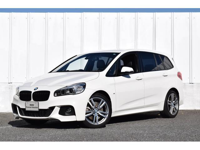 BMW 2シリーズ 220iグランツアラー Mスポーツ 正規認定中古車 ワンオーナー Mスポーツ 黒レザーシート 地デジ ハーマンカードンスピーカー リアシートモニター 純正idriveナビ リアビューカメラ 電動リアゲート リアPDC Dアシスト ETC2.0