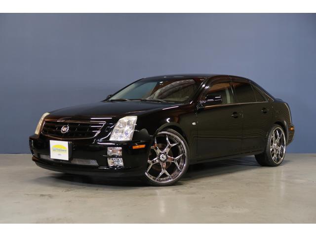 キャデラック キャデラックSTS 4.6L 黒革電動暖席ASANTI22インチAWディーラー車