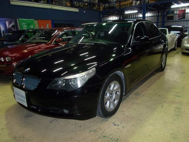 BMW 525iハイライン キセノン 黒革 純正ナビ ディーラー整備