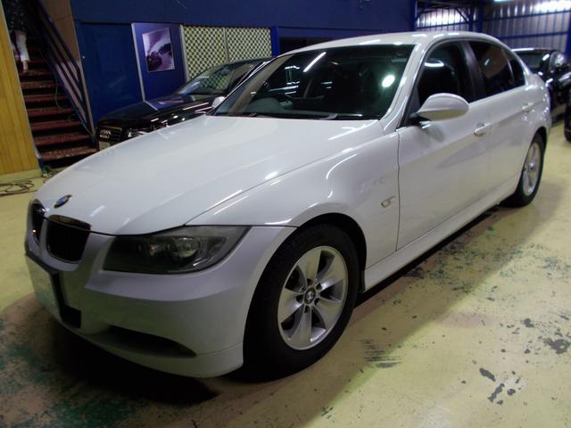BMW 323i 6気筒 ディーラーメンテナンス車両 アルパインナビ
