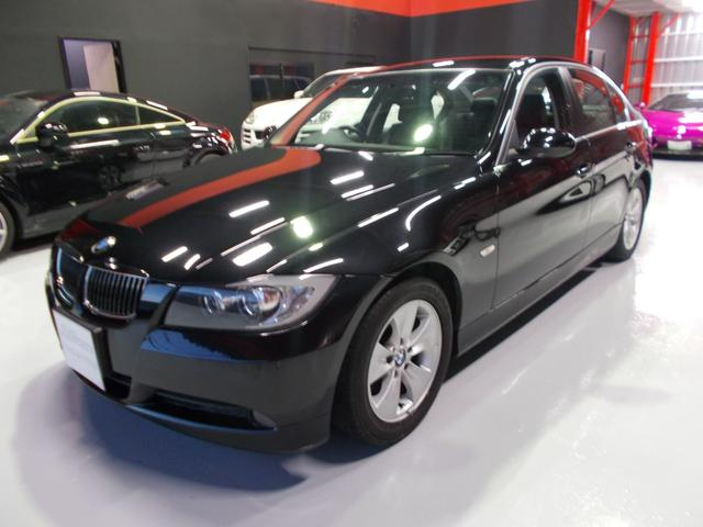 BMW 323i ハイライン 6気筒エンジン 黒革シート HDDナビ