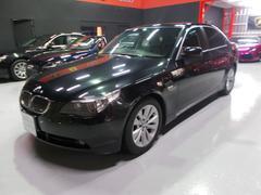 BMW530iハイライン サンルーフ 黒革 バックカメラ D整備車