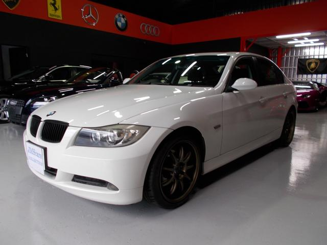 BMW 323i 6気筒エンジン サンルーフ キセノン ディーラ整備