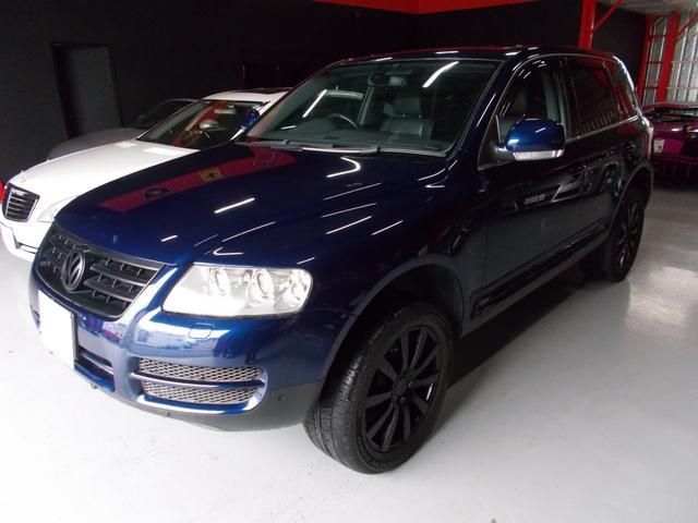 フォルクスワーゲン V6 シュトルツ キセノン 黒革 HDDナビ ブラックアルミ