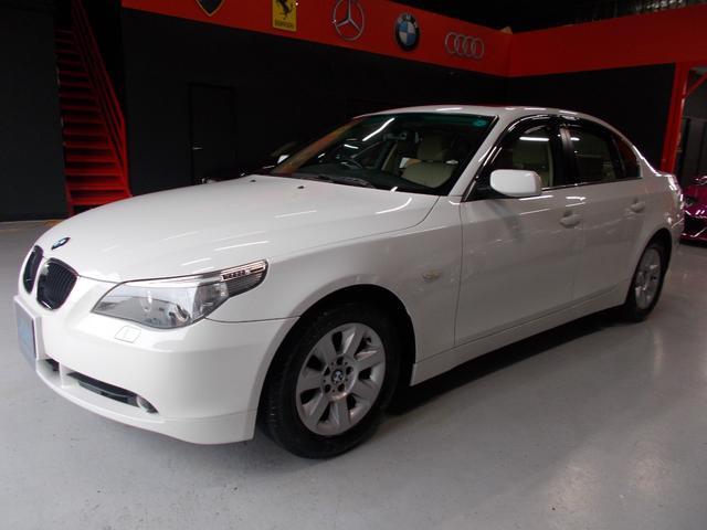BMW 525iハイラインパッケージ サンルーフ キセノン ナビ 革