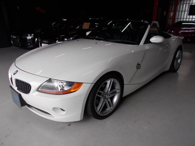BMW 2.2i 電動オープン RECARO黒革 18インチ D整備