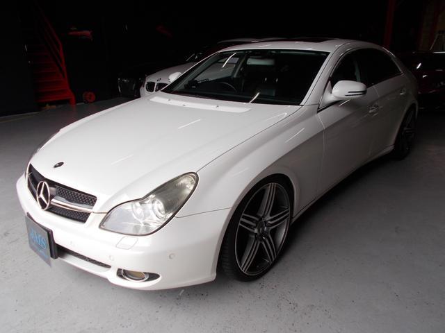 メルセデス・ベンツ CLS350 サンルーフ 黒革 純正ナビ 20インチ 車高調