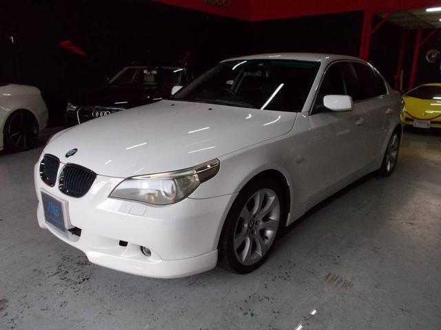 BMW 5シリーズ 525iハイラインパッケージ キセノンヘッドライト 純正18インチ グッドイヤー8分山 黒革シート 電動シート シートヒーター 純正ナビ クルーズコントロール ステアリングスイッチ ETC ディーラー整備記録簿