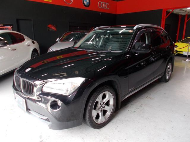 BMW X1 sDrive 18i ディーラー整備車両 整備記録簿 キセノンヘッドライト プッシュスタート スマートキー スペアキー 純正HDDナビ CD録音 DVD再生 純正17インチ ETC ステアリングスイッチ サイドドアバイザー