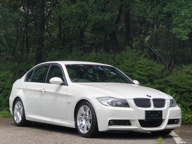 BMW 323i Mスポーツパッケージ 走行1.7万キロ・カギ2本・プラキー・禁煙・取扱説明書・ETC・パワーシート・CD・AUX・オートワイパー・ダブルエアコン・キセノンヘッドライト・オートライト・純正17インチ・ATマニュアルモード