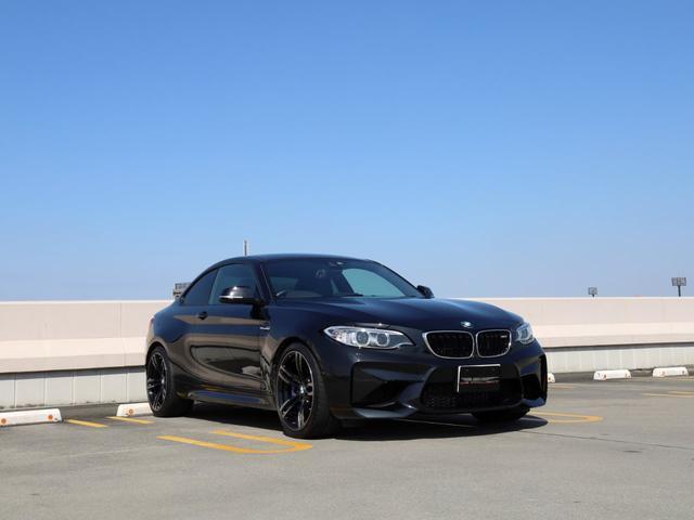 ベースグレード 1オーナー BMWパフォーマンストランクスポイラー&リアディフューザーカーボン Bカメラ ハーマンカードン 地デジTV クルコン ETC 19インチAW キセノン LEDライセンス