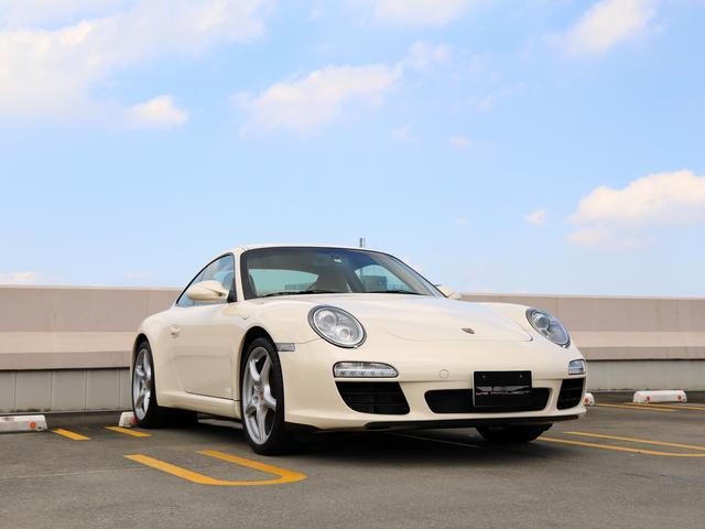 ポルシェ 911 911カレラ スポーツクロノPKG ポルシェダイナミックライトシステム(PDLS) ポルシェ アクティブ サスペンション マネジメント(PASM) 19インチカレラクラッシックホイール サンドベージュインテリア