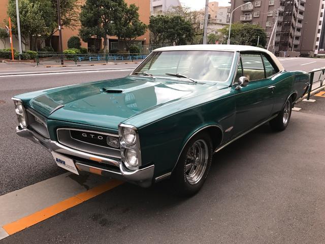 ポンテアック GTO 4M/T Tri-Power Vinyl Top