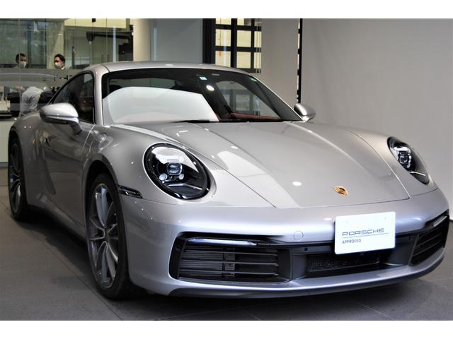 ポルシェ 911カレラ 911カレラ スポーツクロノパッケージ・スポーツエグゾースト・20/21カレラクラシックホイール・レーンチェンジアシスト・スポーツシート・GTスポーツステアリングアルカンターラ仕様