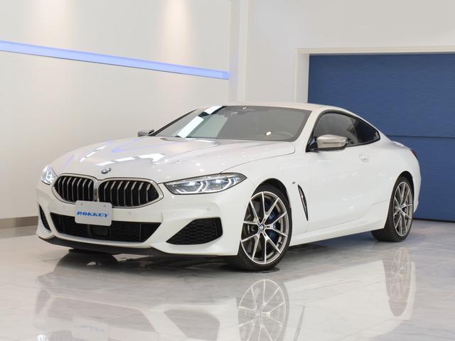 BMW M850i xDriveクーペ 左ハンドル ワンオーナー 有償エクステリアカラー 黒革シート シートヒーター ベンチレーション harmankardon メモリー機能付き電動シート