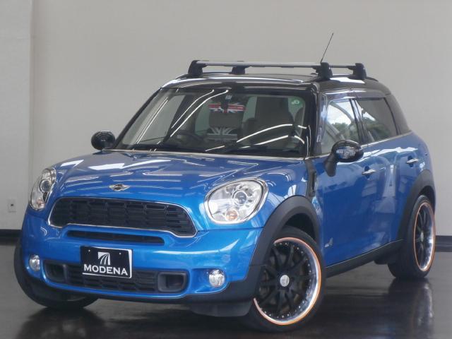 MINI MINI クーパーS クロスオーバー オール4 6速マニュアル 4WD 1オーナー ベージュレザーシート シートヒーター アイドリングストップ WORKグノーシス19インチアルミホイール ベースキャリア ハーマンカードン SPORTボタン ETC