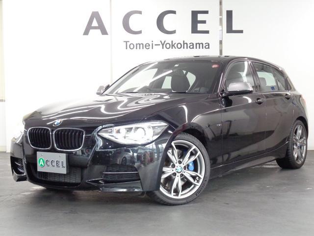 BMW 1シリーズ M135i パーキングサポートPKG ブラックレザーシート&ヒーター 純正HDDナビ バックカメラ コンフォートアクセス Mエアロ&18インチアルミ キセノンヘッドライト