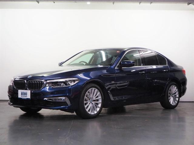 BMW 530iラグジュアリー アイボリー革 FRシートヒーター 正規D車 純正HDDナビ 地デジTV パノラマカメラ PDC ACC LDW アイボリー革 前後シートヒーター LEDヘッドライト 専用18インチAW オートトランク