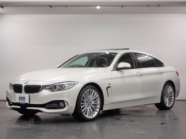 BMW 4シリーズ 435iグランクーペ ラグジュアリー ガラスサンルーフ ブラックレザーシート シートヒーター 純正HDDナビゲーション 地デジTV バックカメラ ミラーETC パドルシフト ACC ドライビングアシスト ヘッドアップディスプレイ