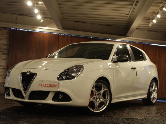 アルファロメオ クアドリフォリオ ヴェルデ ディーラー車 右ハンドル 6速AT車 ブラックハーフレザーシート 純正18AW レッドキャリパー 2DINナビ