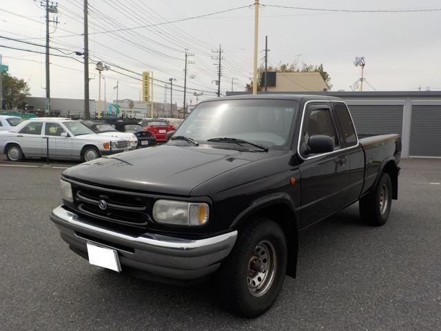 B4000 B4000 4WD ブラック(1枚目)