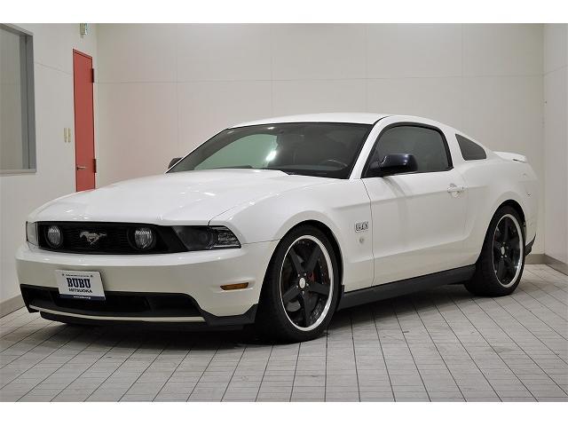 フォード V8 GT プレミアム ディーラー車 20インチワークグノーシスGR203 アイバッハダウンサス レッドキャリパー スタッドレス付き純正ホイールあり バックカメラ クルーズコントロール 黒革シート シートヒーター HID