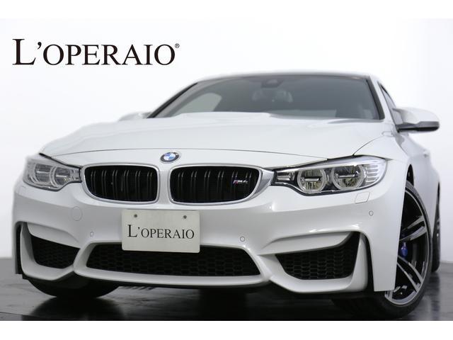 BMW M4クーペ 6MT Mドライブロジック カーボンルーフ