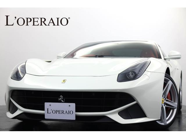 フェラーリ LEDカーボンステア Fリフト  カーボンエンジンカバー