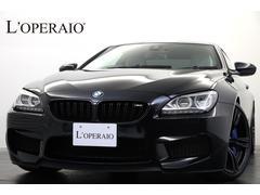 BMW M6カーボンインテリアトリム カーボンルーフ アダクティブLED