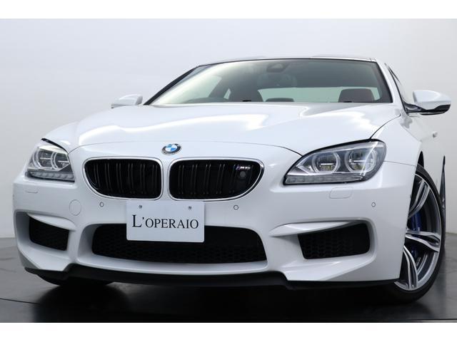 BMW M6 ベースグレード 1オーナー 走行約800キロ BMWナイトビジョン 鍛造20インチアルミ サキールオレンジレザー コンフォートアクセス カーボンインテリアトリム カーボンルーフ ブルーキャリパー イージークローザー