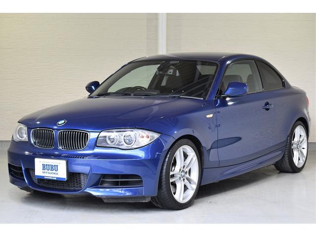 BMW 1シリーズ 135i 135i(4名) 正規ディーラー車 右ハンドル 当店管理ユーザー様下取り車 純正HDDナビ 社外地デジTV&バックカメラ 純正ルームミラー内蔵ETC 純正18インチAW シートヒーター パワーシート