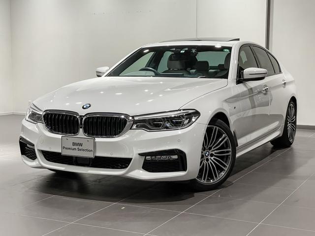BMW 523i Mスポーツ ACC サンルーフ コンフォートアクセス