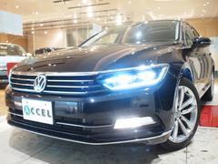 VW パサートヴァリアント本革 LED パノラマサンルーフ 純正ナビ Bカメ 新車保証