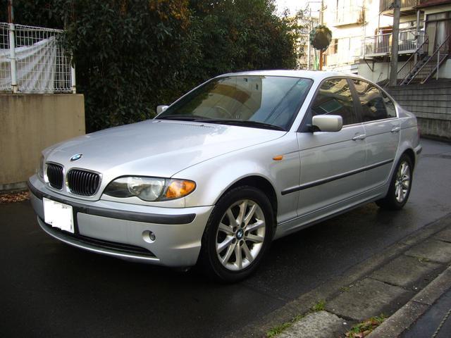BMW 3シリーズ 325i サンルーフ レザー調シート ナビ (なし)